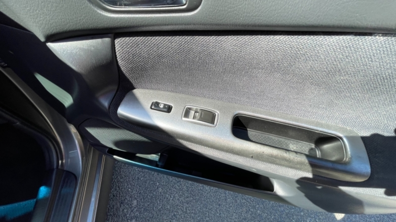Toyota Camry 2004 price $5,999