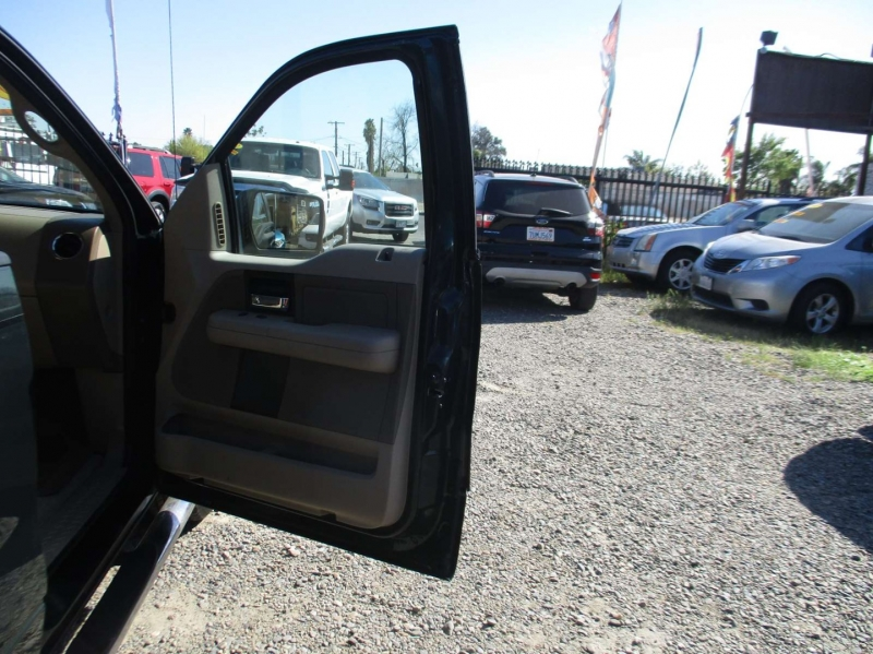 Ford F-150 2005 price $11,999