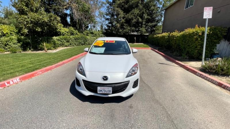 Mazda Mazda3 2013 price $9,999