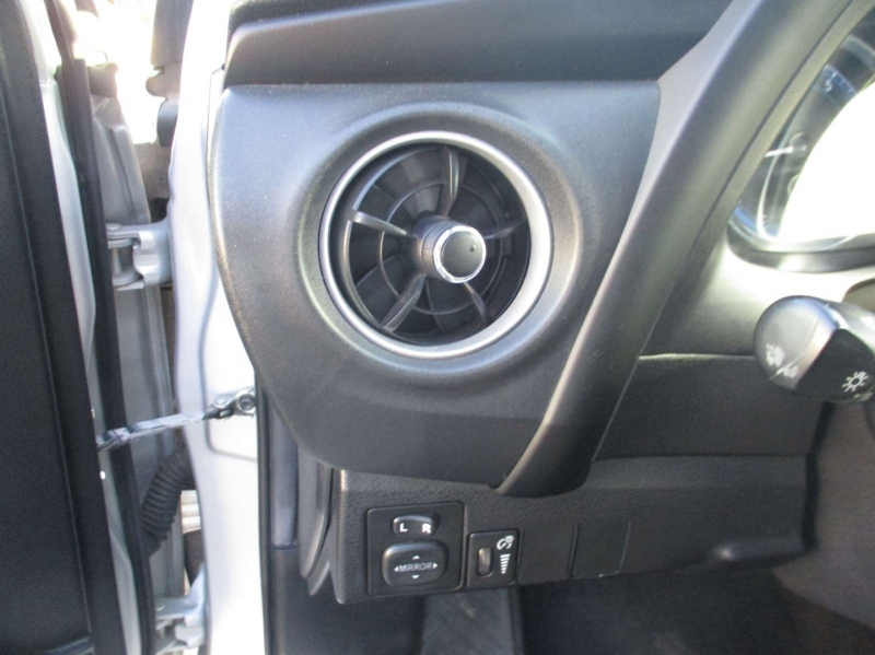 Toyota Corolla 2019 price $21,999