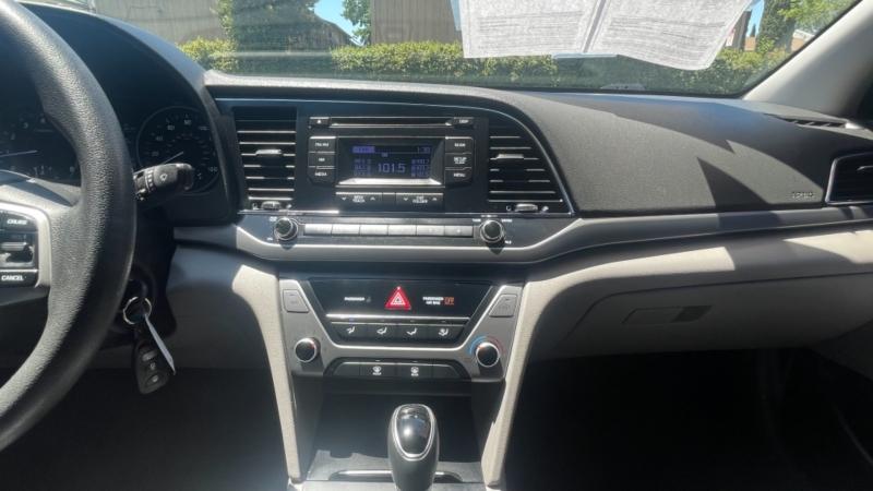 Hyundai Elantra 2017 price $15,699