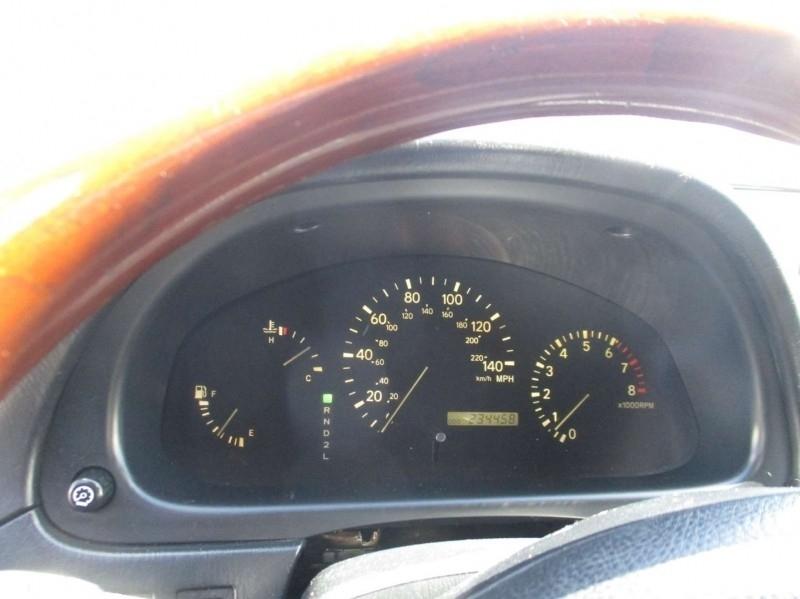 Lexus RX 300 2002 price $4,999