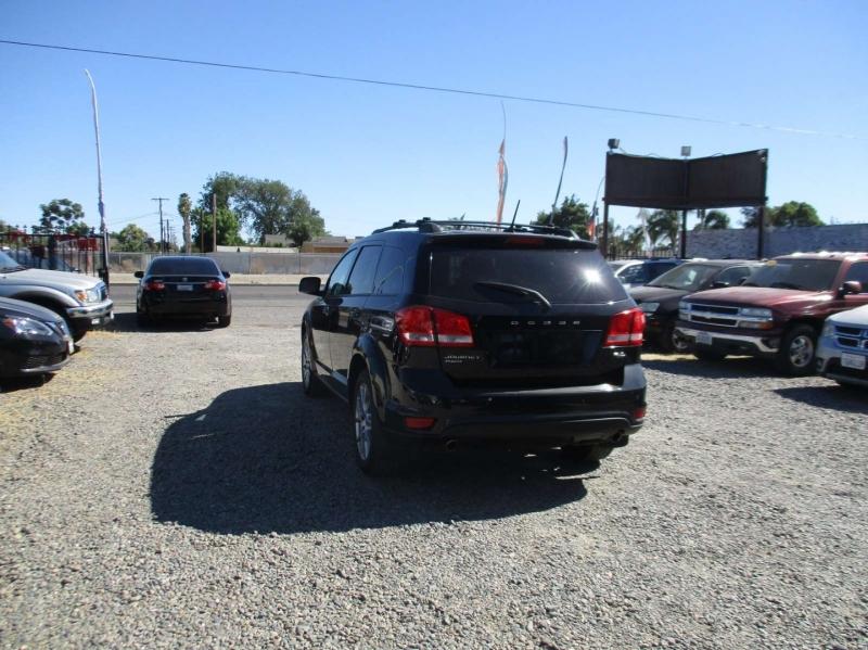 Dodge Journey 2012 price $11,999