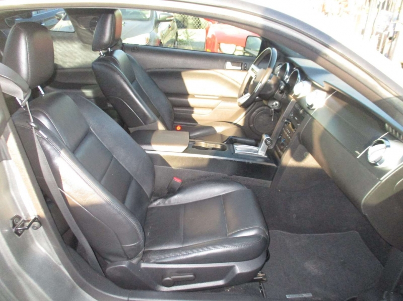 Ford Mustang 2008 price $12,999