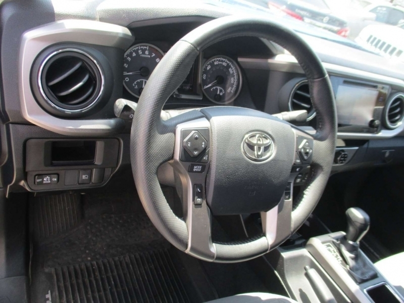 Toyota Tacoma 2018 price $35,999