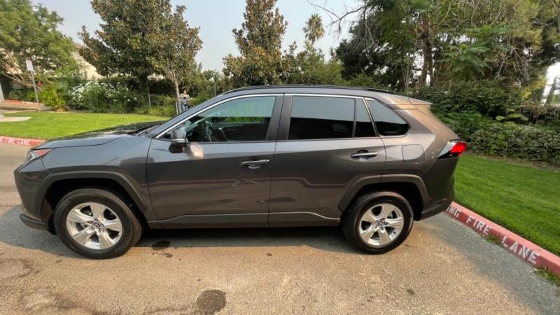 Toyota RAV4 2021 price $35,499