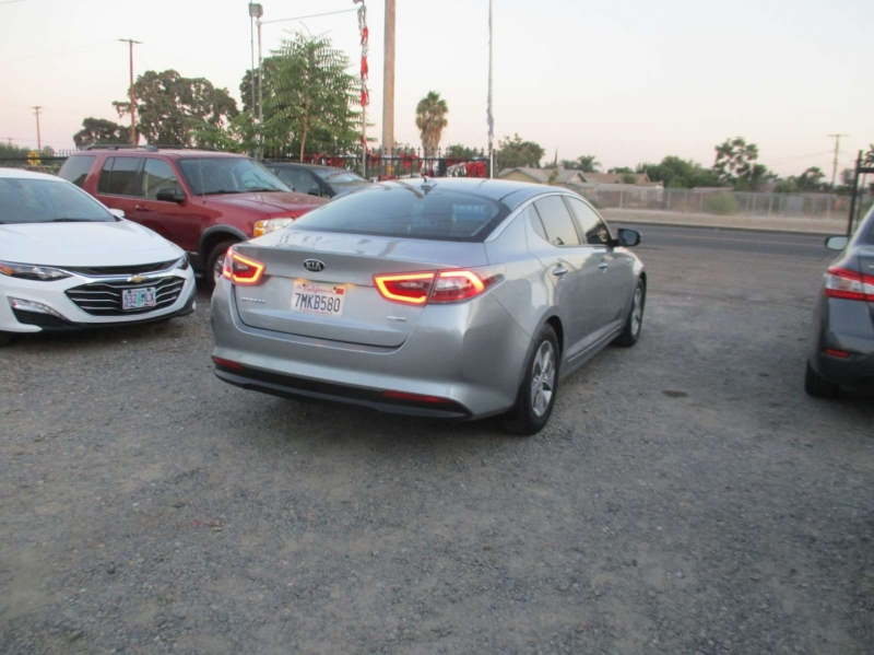 Kia Optima Hybrid 2015 price $15,999