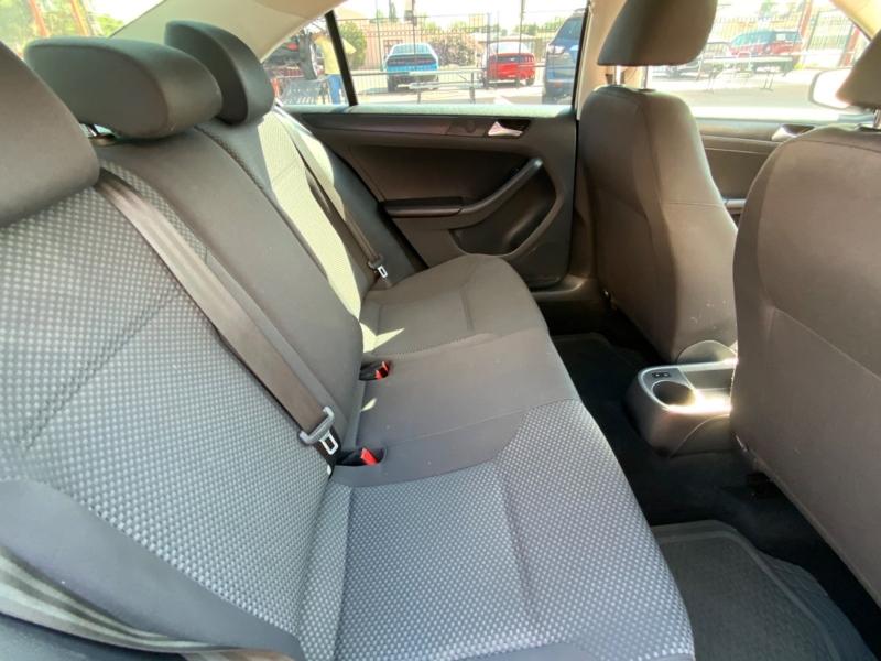 Volkswagen Jetta Sedan 2013 price $8,995