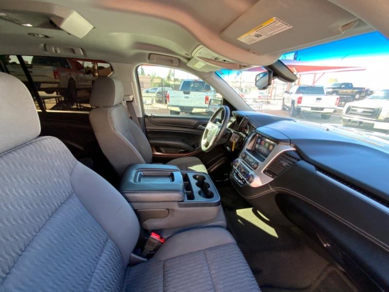 GMC Yukon XL 2015 price $28,995