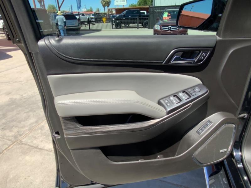 Chevrolet Suburban 2016 price $36,995