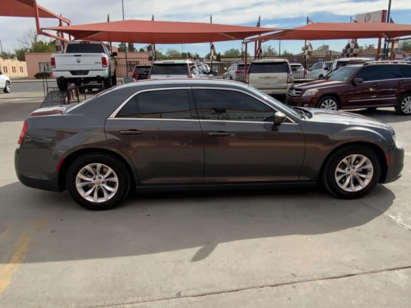 Chrysler 300 2015 price $16,995