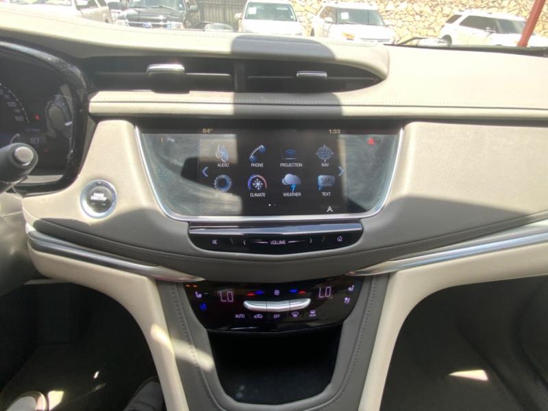 Cadillac XT5 2017 price $27,995