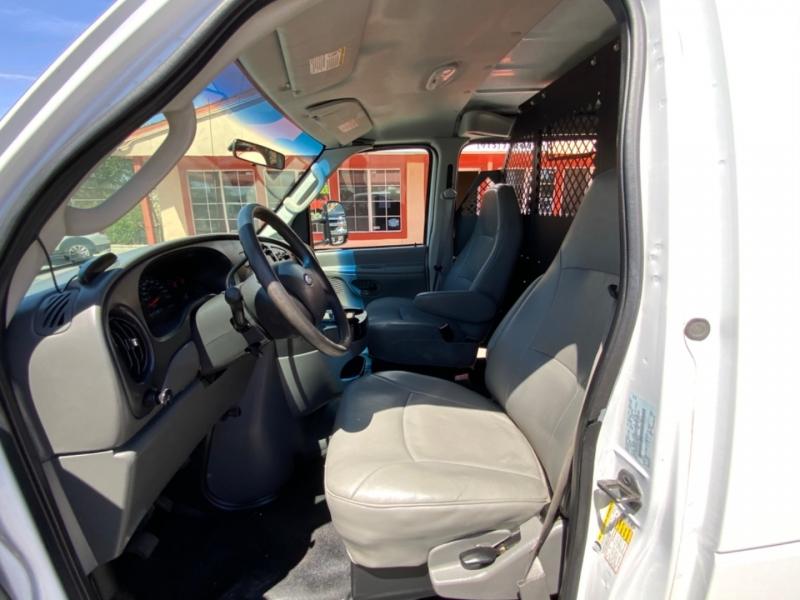Ford Econoline Cargo Van 2008 price $10,995