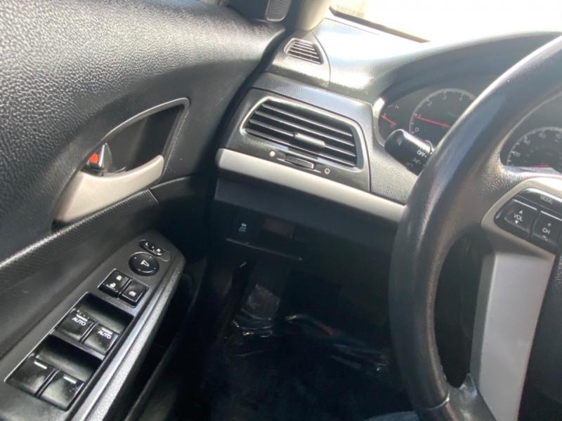 Honda Accord Sdn 2012 price $13,995