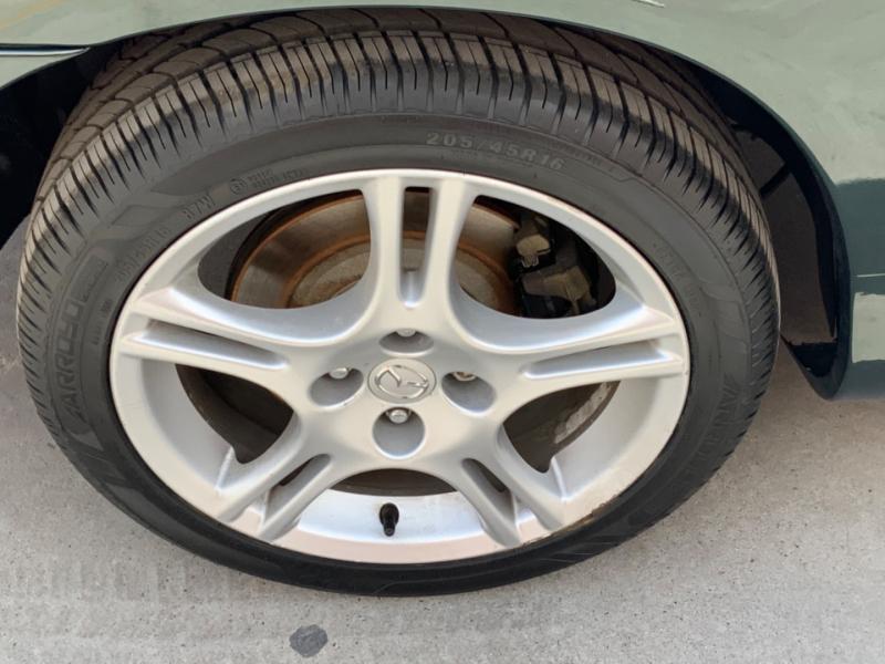 Mazda MX-5 Miata 2004 price $8,995