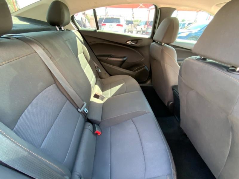 Chevrolet Cruze 2018 price $14,995