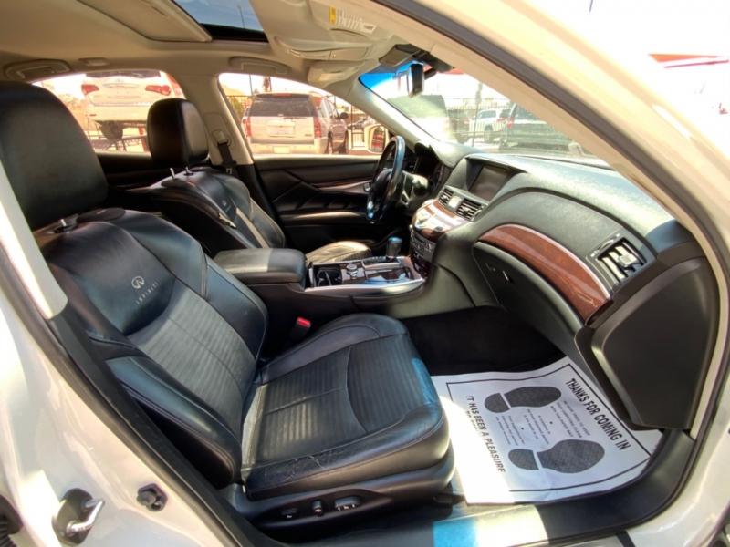 Infiniti M37 2011 price $11,995