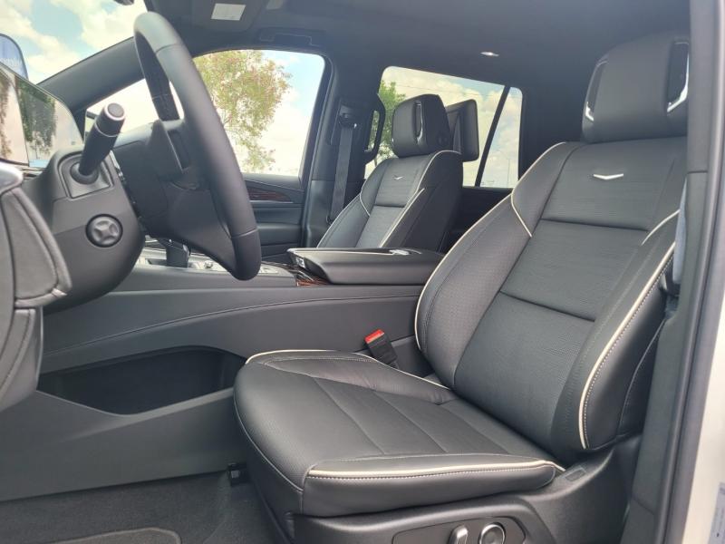 Cadillac Escalade 2021 price $113,995