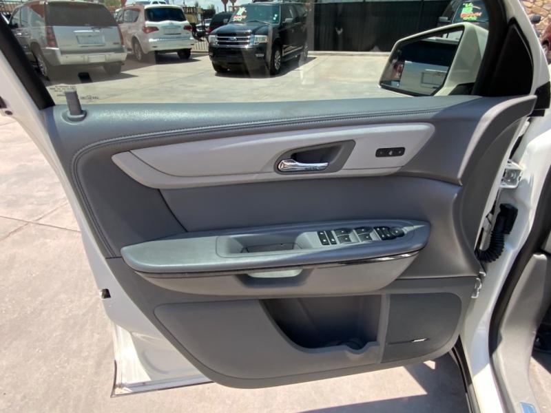 Chevrolet Traverse 2015 price $21,995