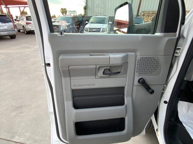 Ford Econoline Commercial Cutaway 2013 price $20,995