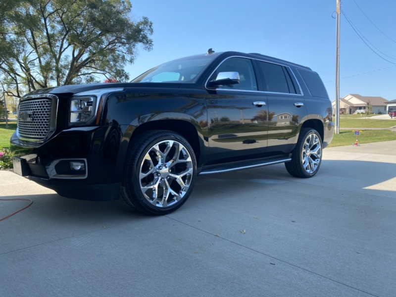GMC Yukon 2015 price $33,900