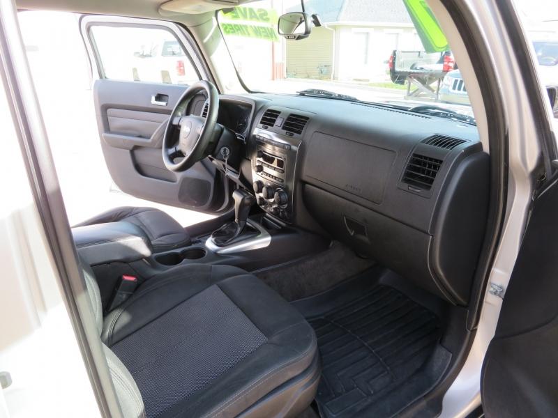 Hummer H3 2007 price $10,900
