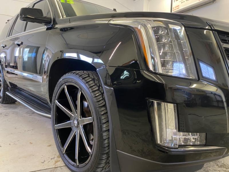 Cadillac Escalade 2015 price $35,900