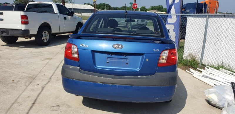 KIA RIO 2007 price $4,000