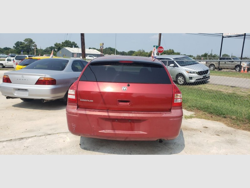 DODGE MAGNUM 2005 price Call for Pricing.