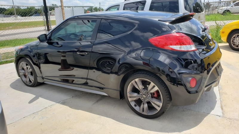 HYUNDAI VELOSTER 2013 price Call for Pricing.