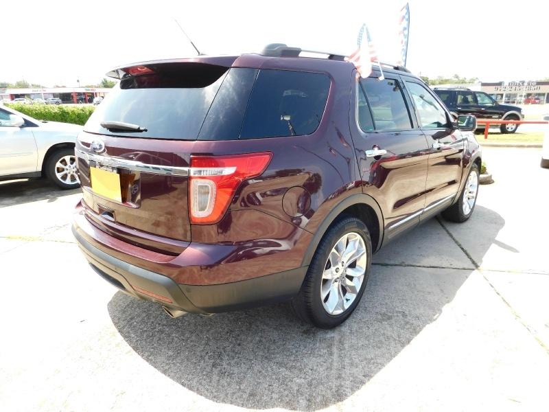 Ford Explorer 2011 price $2,000 Down