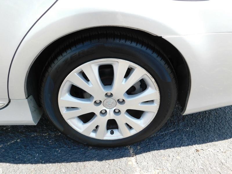 Toyota Avalon 2011 price $1,500 Down