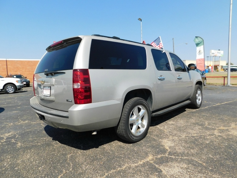 Chevrolet Suburban 2009 price $3,000 Down