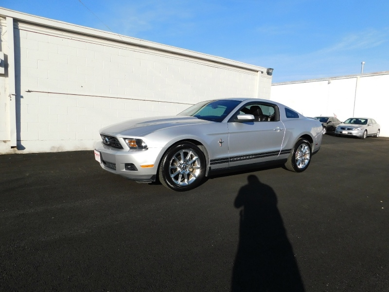 Ford Mustang 2010 price $2,500 Down