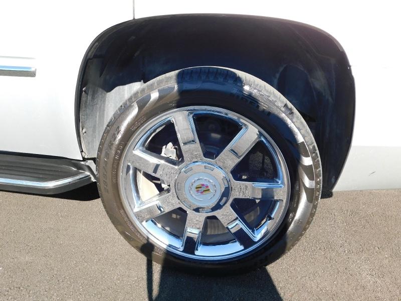 Cadillac Escalade 2011 price $4,000 Down