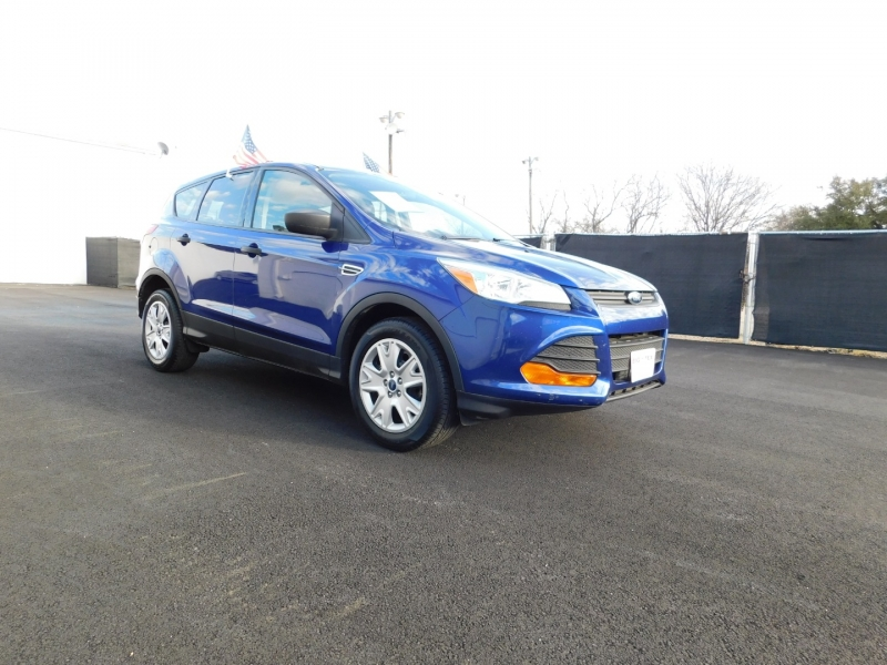 Ford Escape 2013 price $1,500 Down