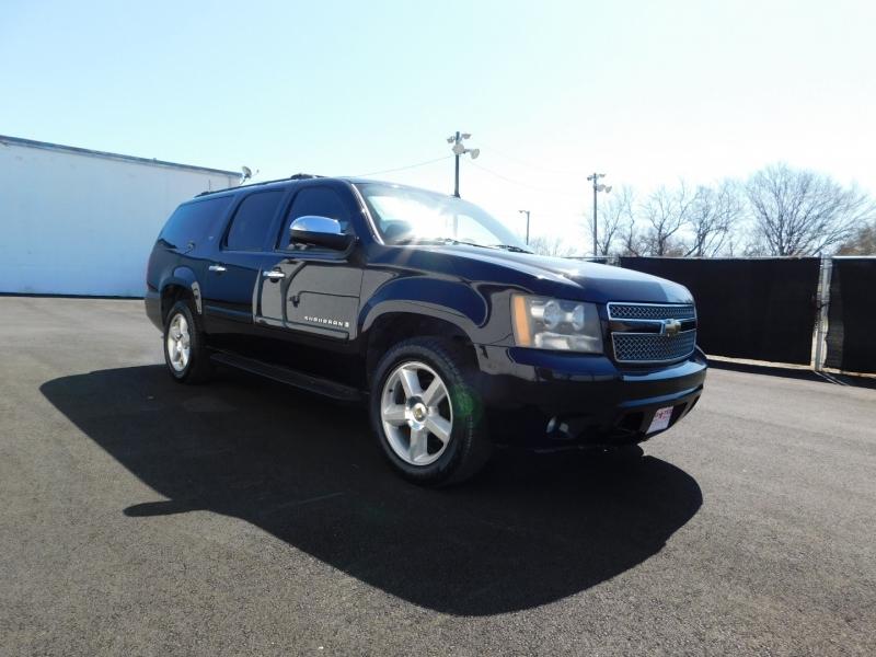 Chevrolet Suburban 2008 price $3,000 Down
