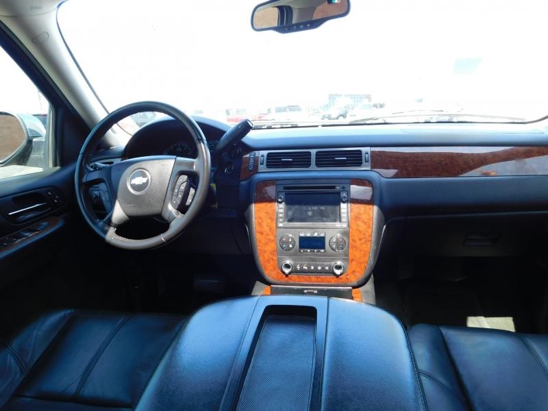 Chevrolet Suburban 2008 price $2,000 Down