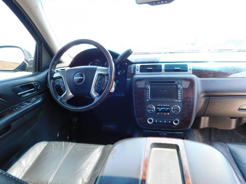 GMC Yukon Denali 2007 price $3,500 Down