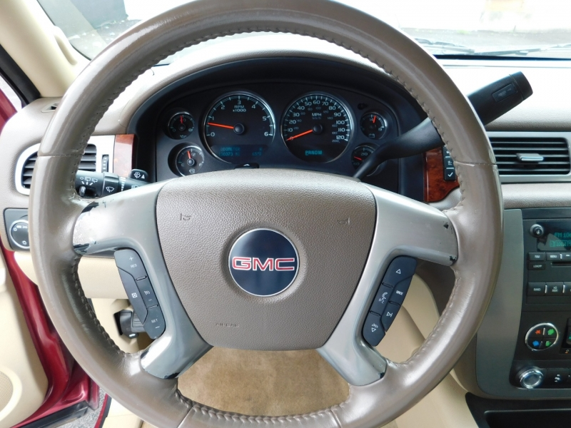 GMC Yukon 2009 price $3,500 Down