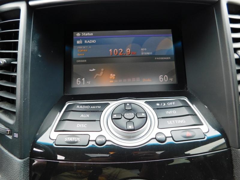 Infiniti FX35 2009 price $3,000 Down