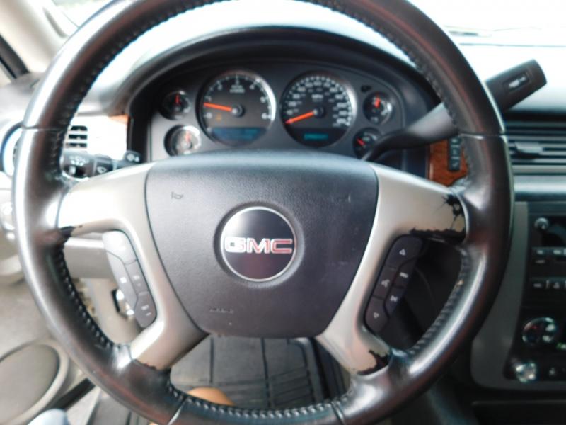 GMC Yukon XL 2008 price $3,500 Down