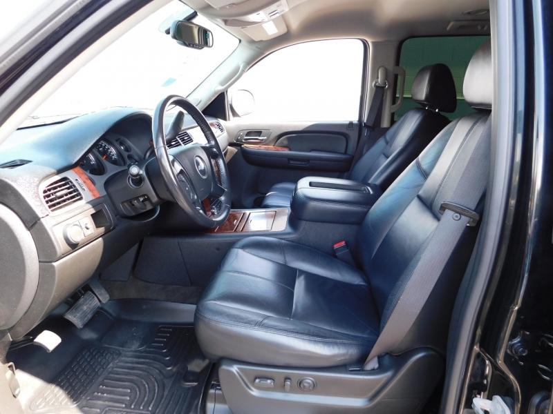 Chevrolet Suburban 2008 price $3,500 Down