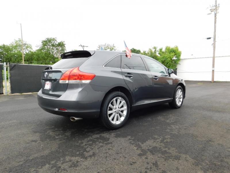 Toyota Venza 2010 price $2,500 Down