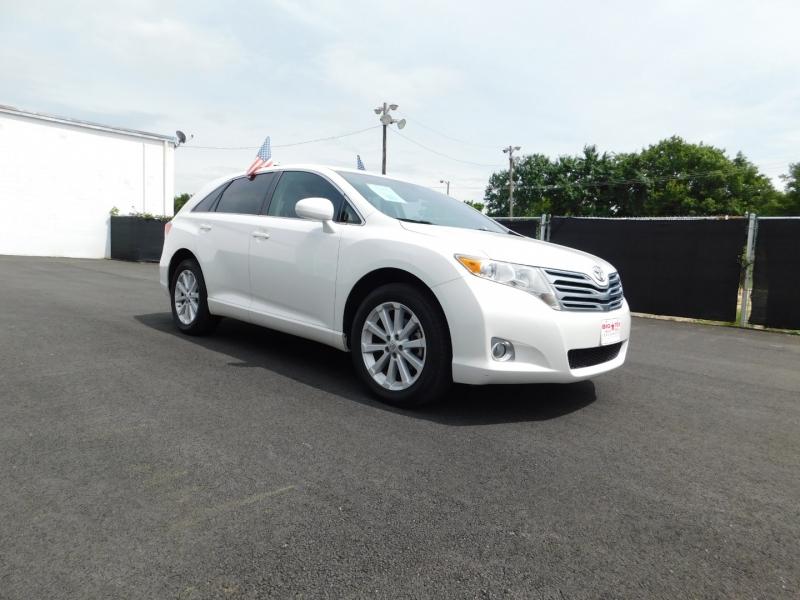Toyota Venza 2011 price $2,000 Down
