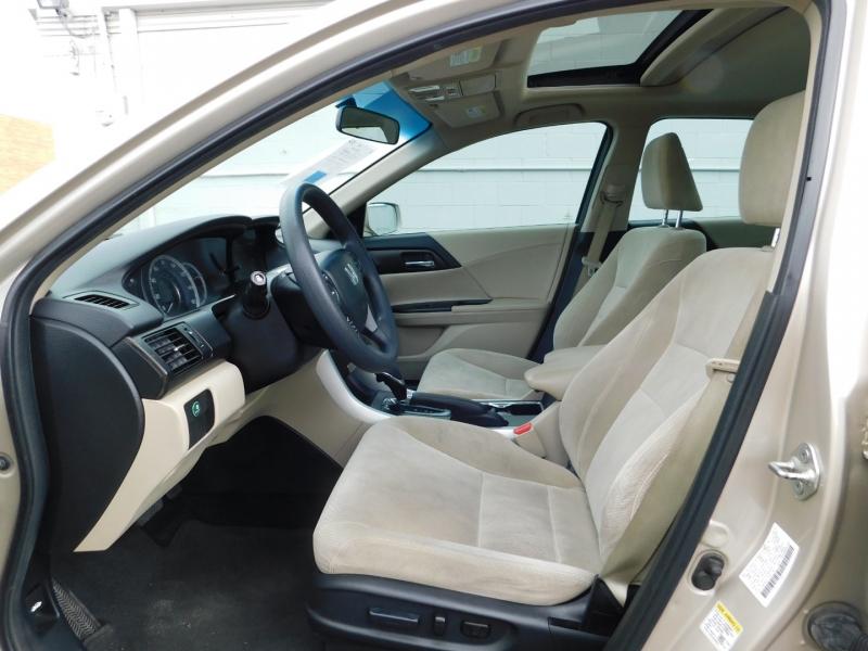 Honda Accord Sdn 2013 price $3,000 Down