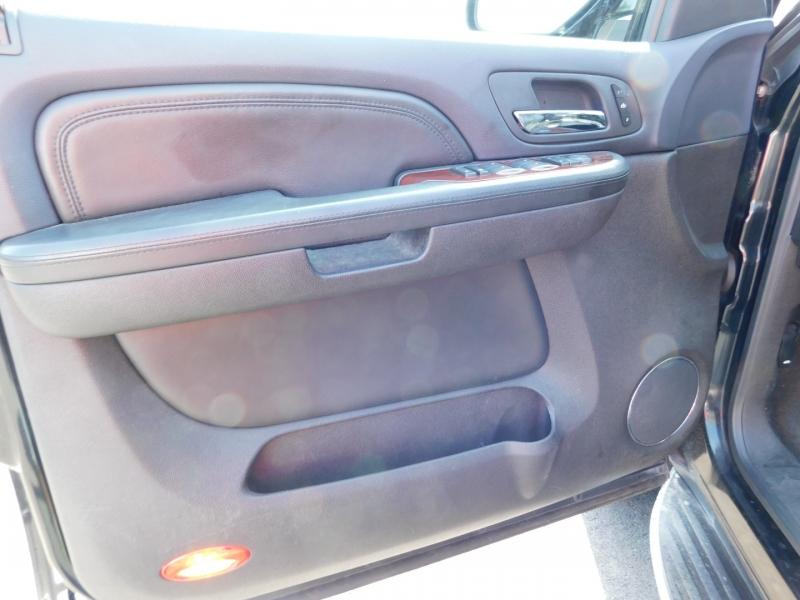 Cadillac Escalade 2008 price $4,000 Down