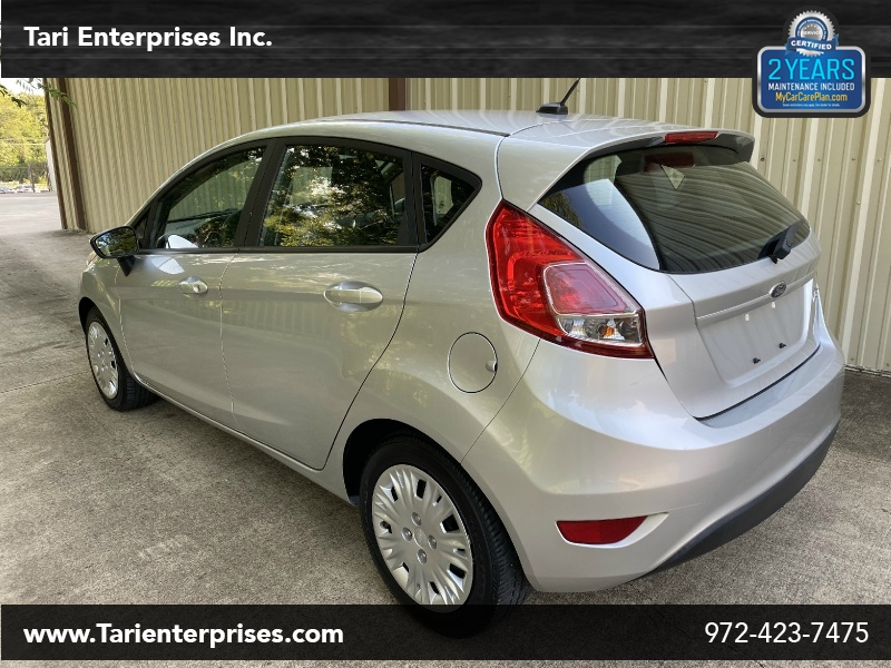 Ford Fiesta 2016 price $8,900