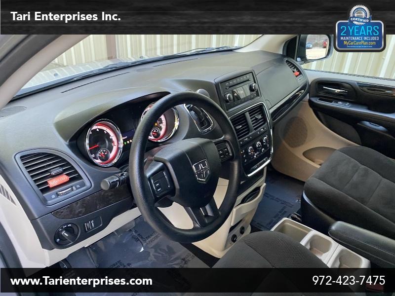 Dodge Grand Caravan 2016 price $10,900