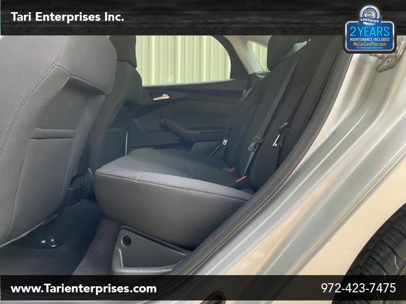Ford Focus 2017 price $8,900